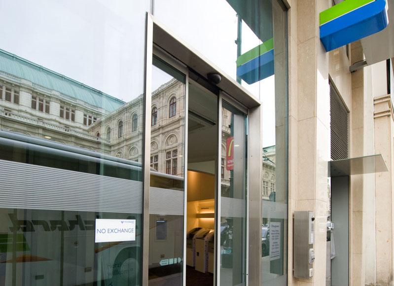 Nurglasportale_Wien (6)